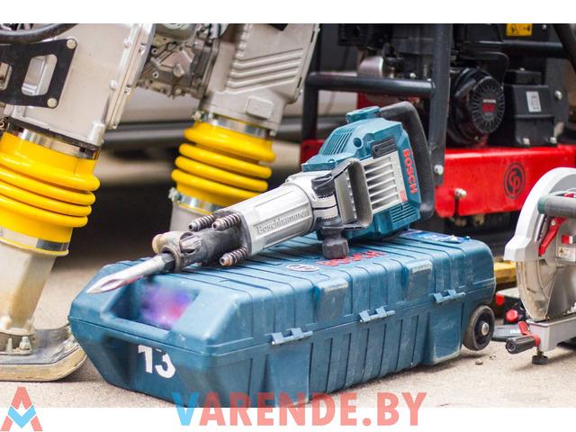 Прокат бетонолома (отбойного молотка) Bosch GSH 16-30 в Орше - 1/3