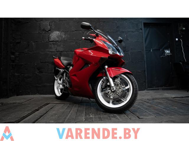 Аренда мотоцикла Honda VFR 800 - 1/4